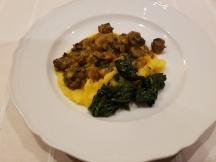 Lumache, polenta, spinaci e porri